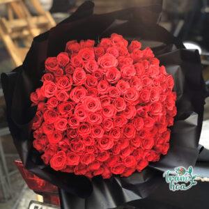 Bó hoa 100 lời yêu (100 bông hồng đỏ)