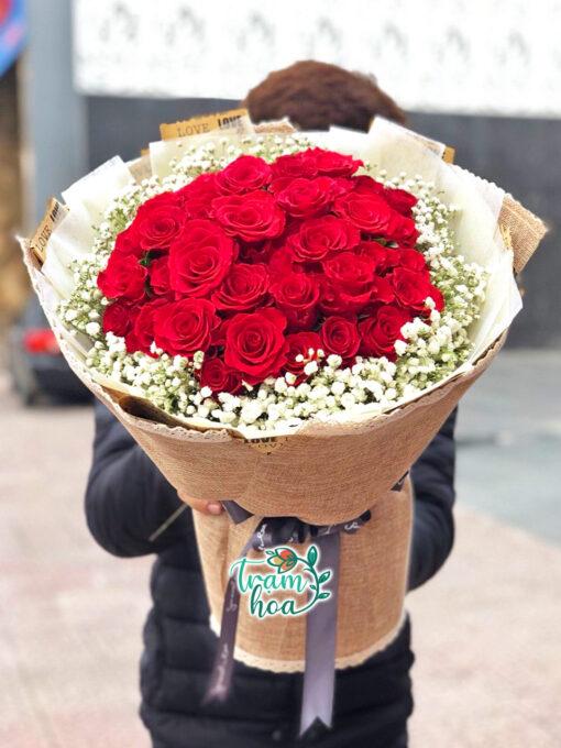 Bó hoa đỏ thắm 1