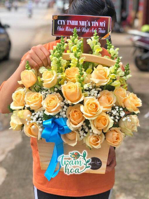 Giỏ hoa ngày mới 1