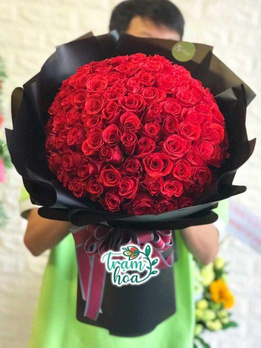 Bó hoa 100 bông hồng đỏ