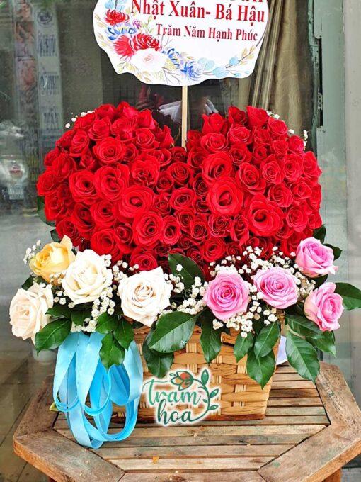 Lẵng hoa trái tim 1