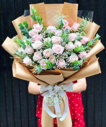 Bó hoa hồng kem pastel Đáng Yêu B106