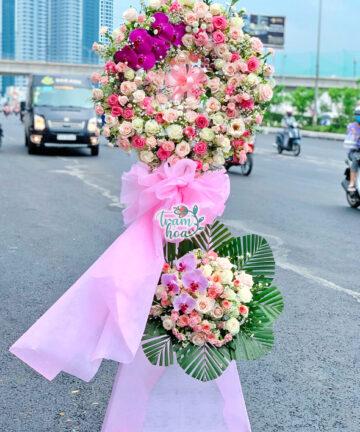 Vòng Hoa Chúc Mừng