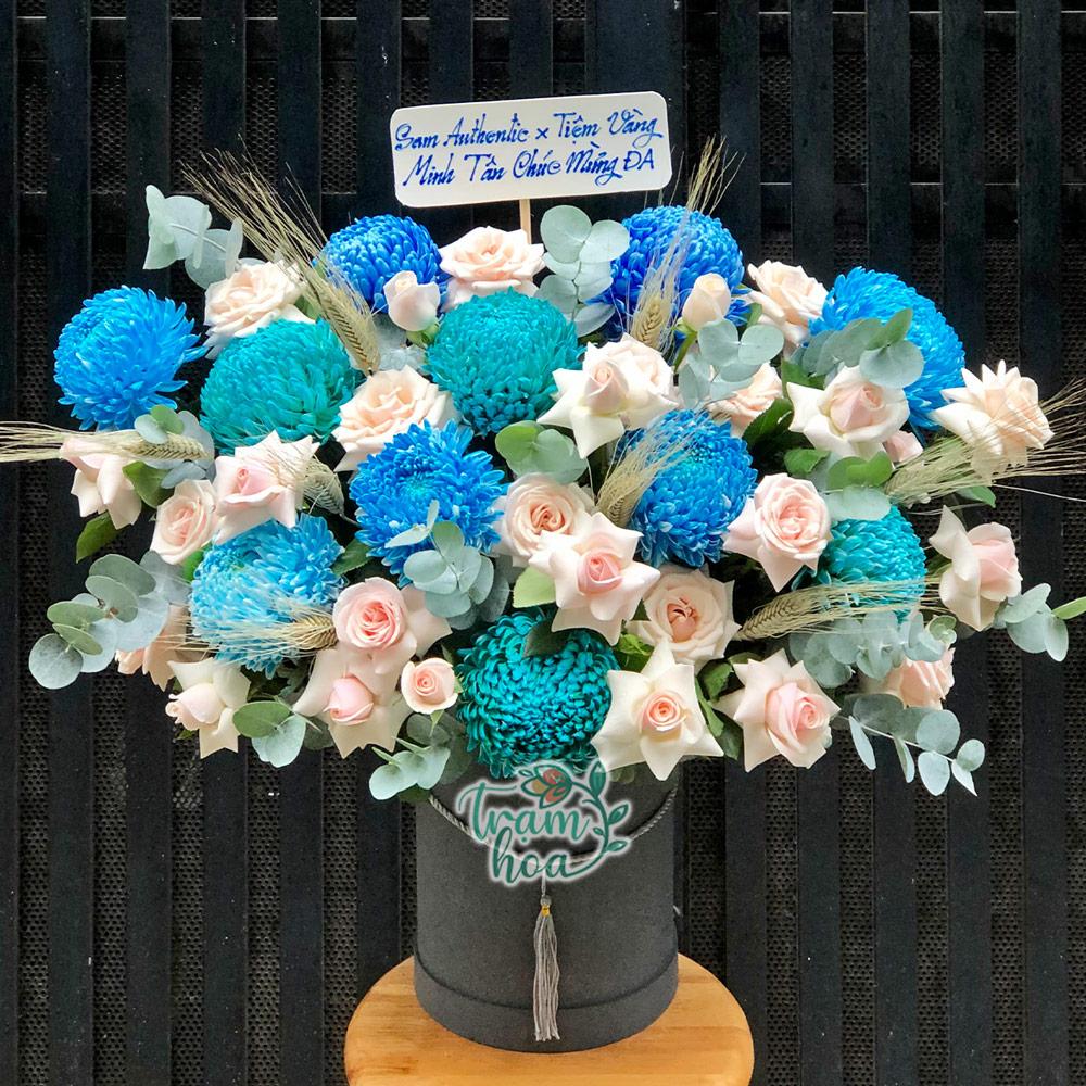Lẵng hoa cúc mẫu đơn xanh mix hoa hồng