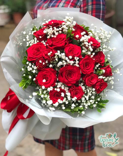 Bó hoa hồng tỏ tình