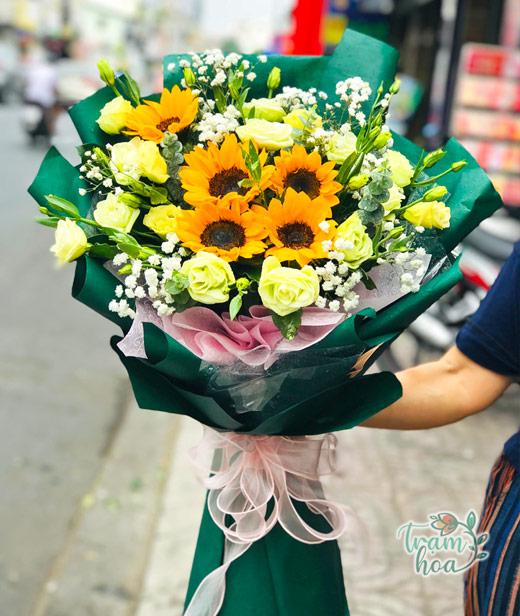 Bó hoa tươi chúc mừng ngày báo chí cách mạng Việt Nam 21-6