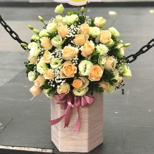 Hoa sinh nhật tặng sếp cần đảm bảo sang trọng và đầy ý nghĩa
