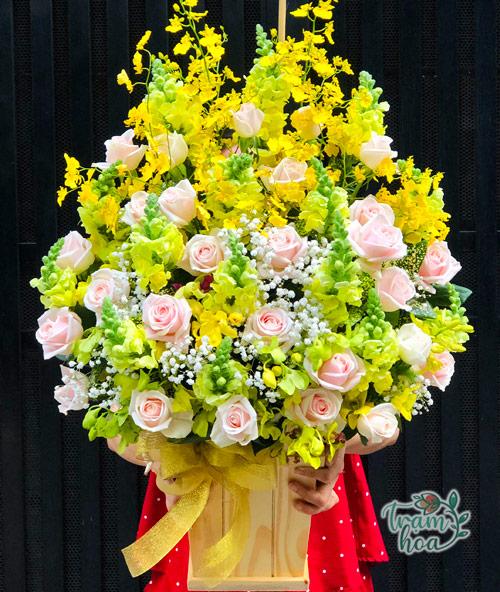 Lẵng hoa đẹp chúc mừng ngày 21-6