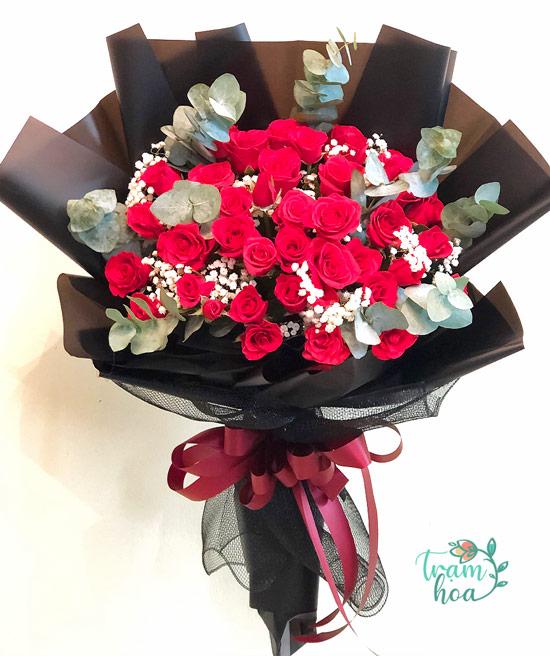Tặng hoa valentine là hành động cực kỳ ý nghĩa trong ngày 14-2
