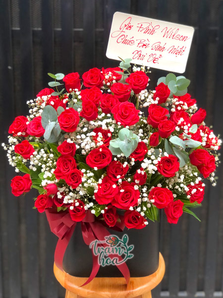 Lẵng hoa hồng đẹp chúc mừng kỷ niệm ngày cưới